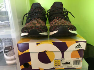 BUYING [ULTRABOOST] && [NMD R1] SIZE 12 ONLY DS ONLY