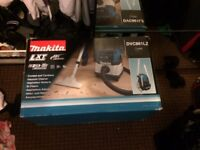 Cordless Makita site Hoover