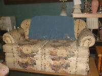 Love Seat for sale delivery is available for small fee!!
