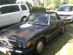 Mercedez Benz modèle 560 SL décapotable 1987