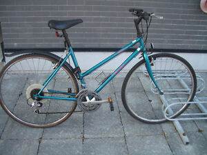 "Velo / Bike """" Arctic Norco """" --- frame 19"" wheel 28"""