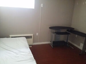 Spacious Private Furnish Room by BCIT and EA. Utilities Inclusiv