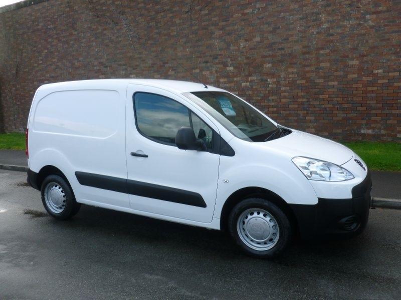 Peugeot Partner Hdi S L1 850 Van Diesel Manual 2012 12 border=