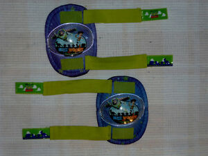 Kneepads for child.  In excellent condition.  Buzz & Woody Cambridge Kitchener Area image 2