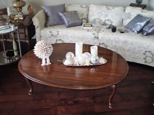 COFFEE TABLE, , AND TWO LAMPS Kawartha Lakes Peterborough Area image 1