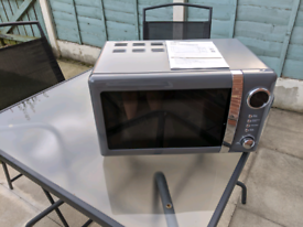 Silver Microwave 20Litre