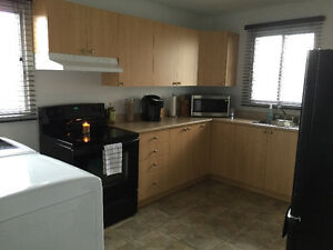 CONDO STYLE 4 1/2 FOR RENT VERY CLEAN