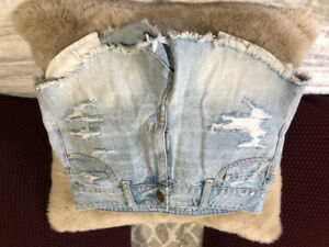 American Eagle High-Rise Distressed Jean Shorts (Brand new)