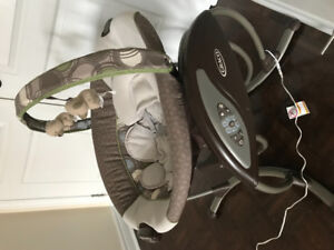 Graco Glider Baby Swing (or best offer)