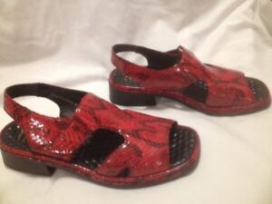 Ladies Rieker Red Patent Leather Snakeskin Pattern Sandals 37M