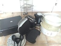 Job lot Student kitchen & bathroom essentials