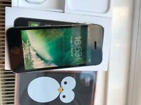 iPhone 5S BRAND NEW. Excellent CONDITION. Warranty active