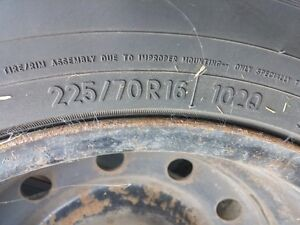 225/70 R16  Toyo Winter tires West Island Greater Montréal image 5