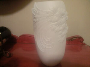 Vintage Kaiser Germany White Art Vase