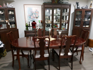 Dinning Table & Six Chairs