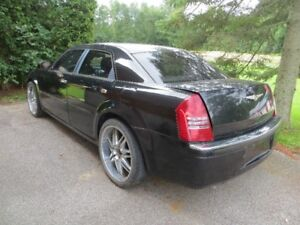 2006 Chrysler 300-Series - PARTS CAR FOR HOT ROD