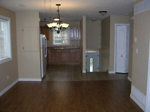 2 BEDROOM SENIORS APARTMENT.AVAILABLE NOW... London Ontario image 5