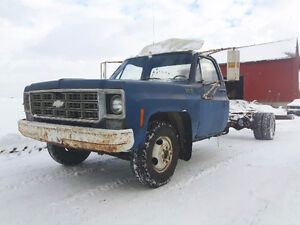CLASSIC 1978 1 TON CAB AND CHASSIS