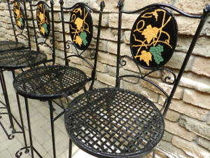 4 Vintage Victorian Style Patio/Kitchen Wrought Iron Barstools