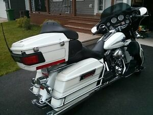 Beautiful 05 Harley Davidson Ultra Classic for sale