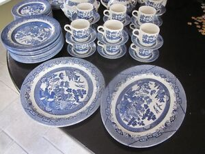 Vintage Churchill Made in Staffordshire England - Blue Willow Cambridge Kitchener Area image 5