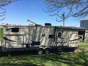 2014 Gulfstream Canyon Trail bunkhouse fifth wheel