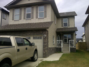 2 STORY HOUSE FOR RENT IN AIRDRIE!