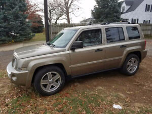 2007 JEEP PATRIOT GREAT CONDITION!!! LOW KMS!!!