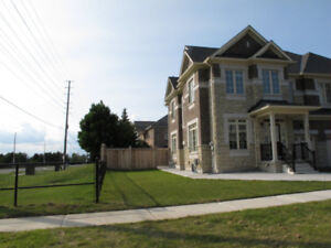 4 Bedroom House for Rent-Churchill Meadows Mississauga