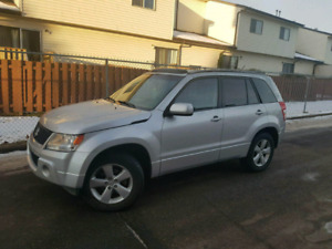 2010 fully loaded Suzuki Grande Vitara!