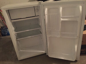 Mini frigo - mini fridge