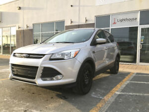 2014 Ford Escape SE 4WD SUV w/ Eco Boost!