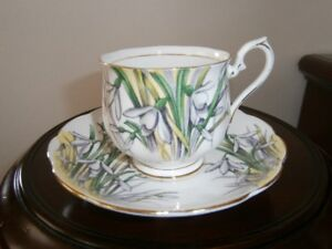 UNUSUAL ROYAL ALBERT 'SNOWDROP' CUP AND SAUCER SET