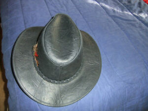 MEN'S BLACK LEATHER HAT -- NEW