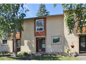 Freshly Renovated 3 Bedroom Algonquin College and Shopping