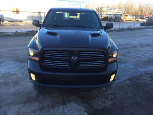 2014 Ram 1500 Sport Pickup Truck Leather Sunroof Nav