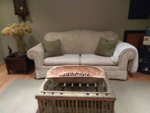 Like NEW Pull Out Sofa