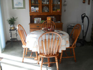 Solid Wood Dining & Chairs