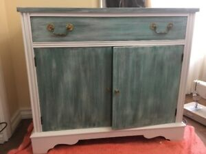 Knetchel China Cabinet/Sideboard