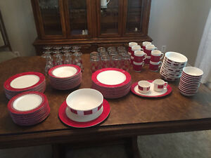 12 pc dinnerware setting