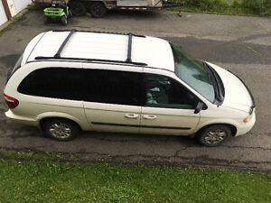 Dodge Caravan Ancienne vehicle de compagnie
