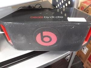 *** USED ***  BEATS BEATBOX PORTABLE   S/N:0213003320   #STORE595