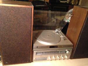 Marantz Receiver Dual Turntable &speakers