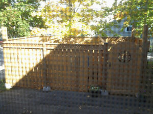 Fenced in Sitting area and Dog Run