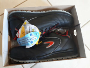 Safety shoes Cannolly (CSA, SD) size 10