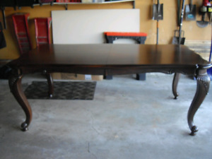 """Large solid wood table. $375.00  Expands from 80"""" long to 112"""""""