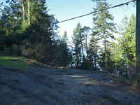 478 Land End - 1/2 Acre Waterfront