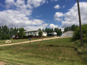 Beautiful acreage for sale 10min south of Provost