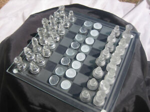 Glass Chess/Checkers Set Large size all pieces (Large Board)