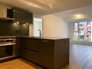 NEW LUXURY condo in high-end S. Granville (Shannon Kerrisdale)